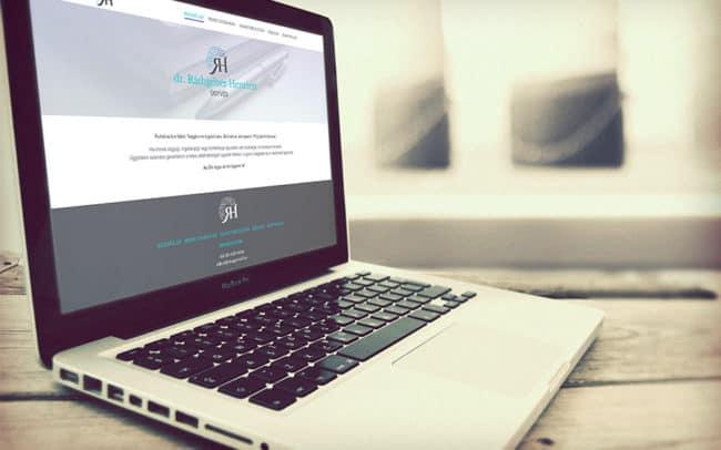 honlapkészítés ügyvédi irodáknak, Réthgéber Henriett ügyvéd honlap, honlapkészítés, WordPress, Ügyvédhonlap